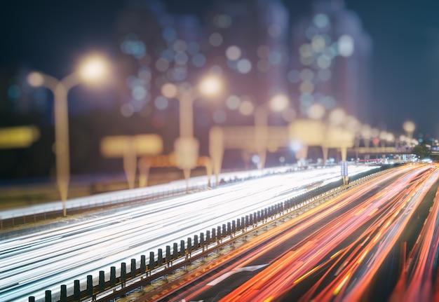 Sentiers de circulation sur la rue urbaine