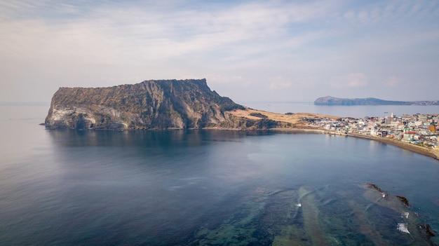 Seongsan ilchulbong sur l'île de jeju, corée du sud