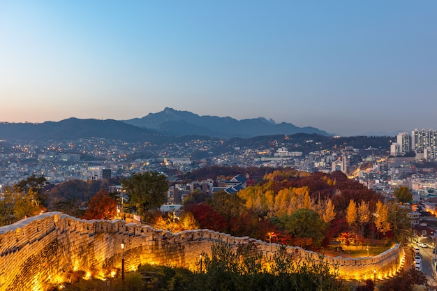 Seoul city naksan park fortress wall corée du sud