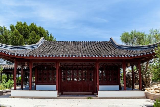 Le serenity garden est une architecture traditionnelle chinoise à malte, santa lucija.