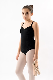 Sérieux jeune jolie ballerine