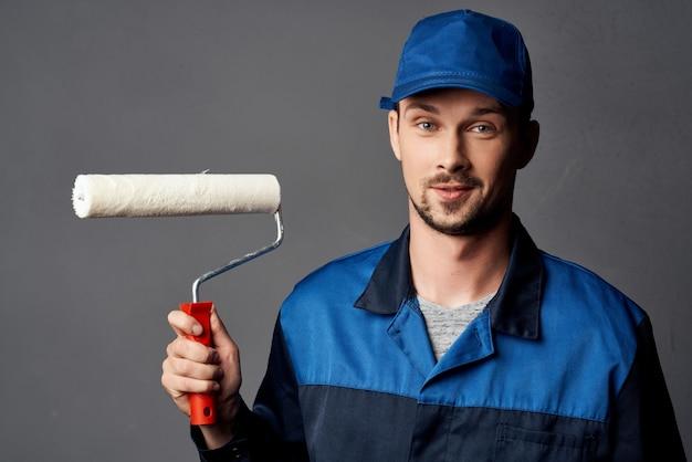 Service de réparation de travaux de rouleau à peinture de peintre