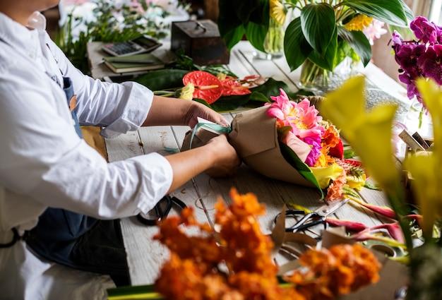 Service de travail de propriétaire d'entreprise de fleuriste