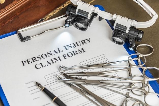 Services juridiques d'avocats pour les réclamations pour faute professionnelle médicale formulaire de réclamation pour faute professionnelle médicale