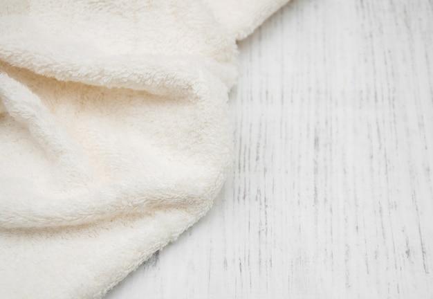 Serviette de bain blanche