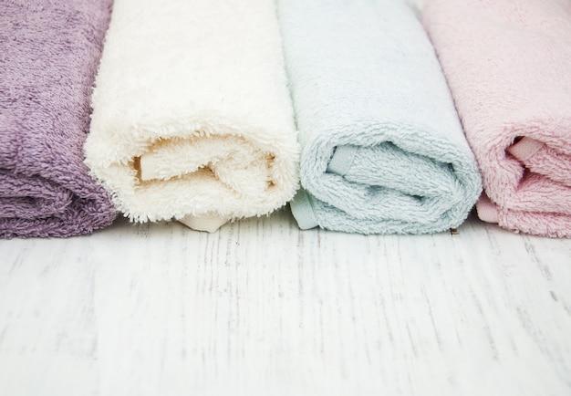 Serviettes de spa colorées