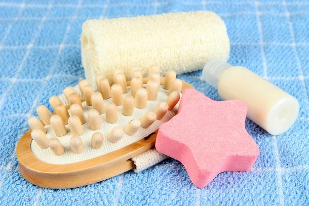 Set pour spa, sur fond de serviette de couleur