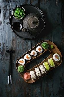 Set de rouleaux de sushi