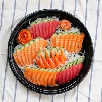 Set sashimi sushi
