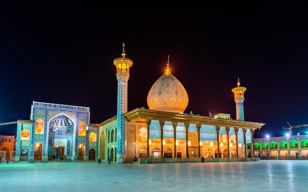 Shah cheragh, un monument funéraire et une mosquée à shiraz - iran