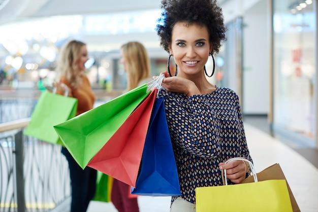 Le shopping est ce que les femmes aiment le plus
