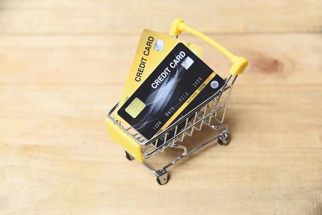Shopping en ligne avec carte de crédit