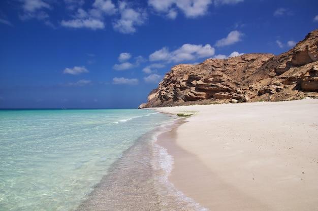 Shuab bay sur l'île de socotra, océan indien, yémen