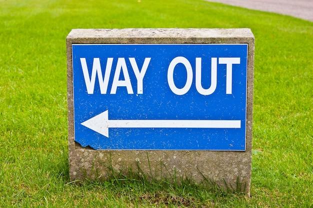 Signe de sortie, utile pour les concepts