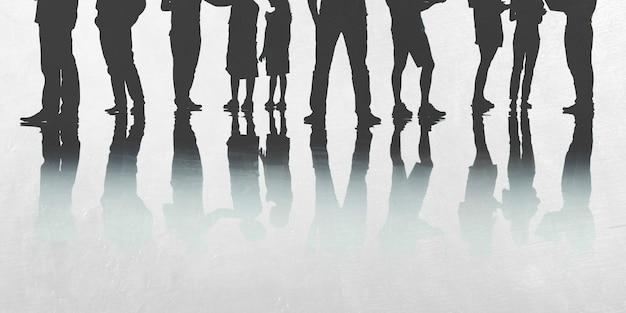 Silhouette d'un groupe de personnes