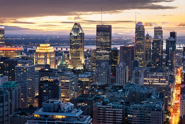 Skyline de montréal de nuit