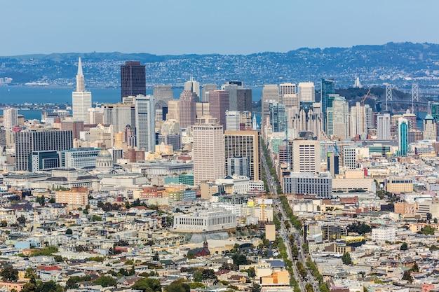 Skyline de san francisco de twin peaks en californie