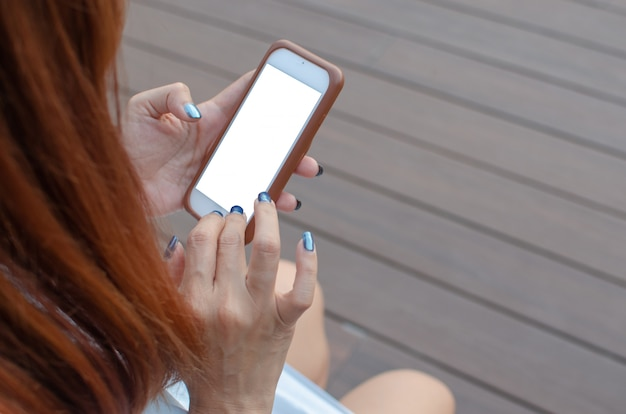 Smartphone main femme