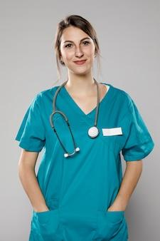 Smiley femme médecin