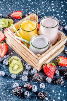 Smoothie aux fruits et baies d'été