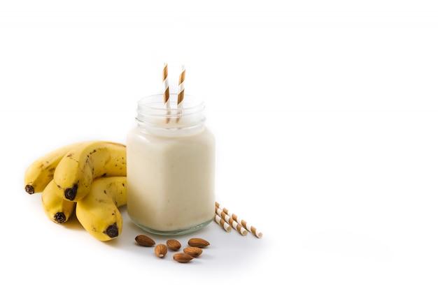 Smoothie banane aux amandes en pot
