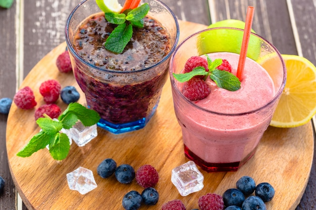 Smoothie berry à la menthe, myrtille et framboise