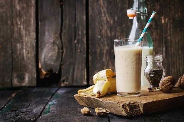 Smoothie lait banane
