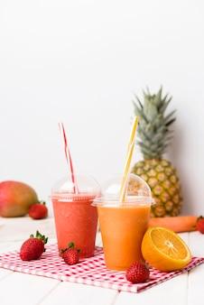 Smoothies fraise et orange
