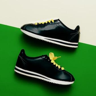 Sneaker minimal fashion design urban style love chaussures
