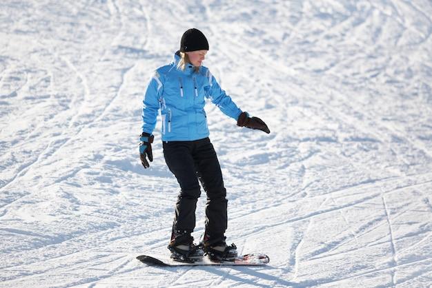 Snowboarder femelle