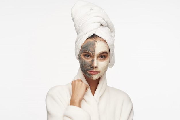 Soin du visage femme, masques et portrait