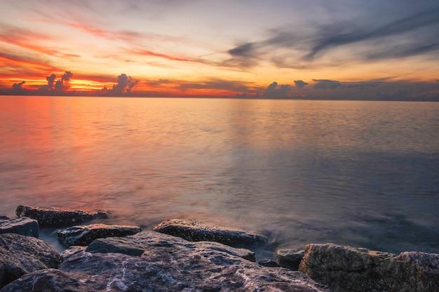 Soirée mer image et coucher de soleil