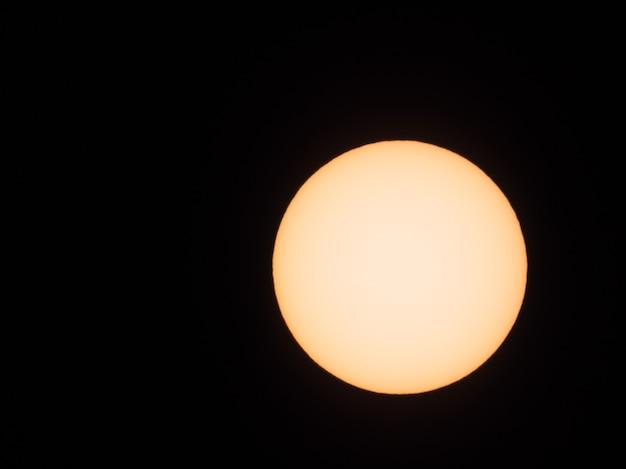 Soleil vu au télescope