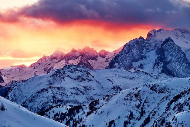 Sommet de la montagne marmolada