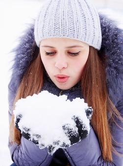 Souffler sur la neige