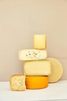 Soumettre des photos de fromages dans une section où la texture du fromage est visible