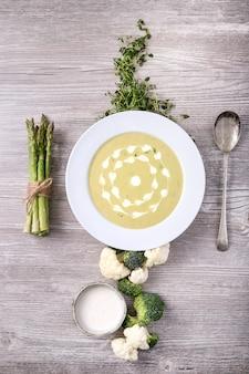 Soupe d'asperges maison