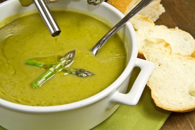 Soupe d'aspèrges