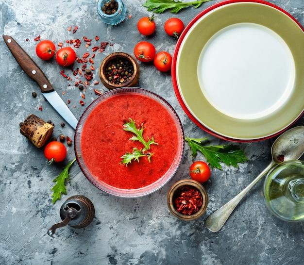 Soupe de gaspacho aux tomates