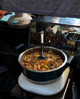 Soupe miso ramen traditionnelle japonaise