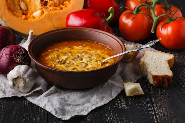 Soupe de potiron chaude de saison