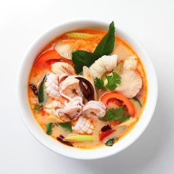 Soupe tom yum, cuisine thaïlandaise