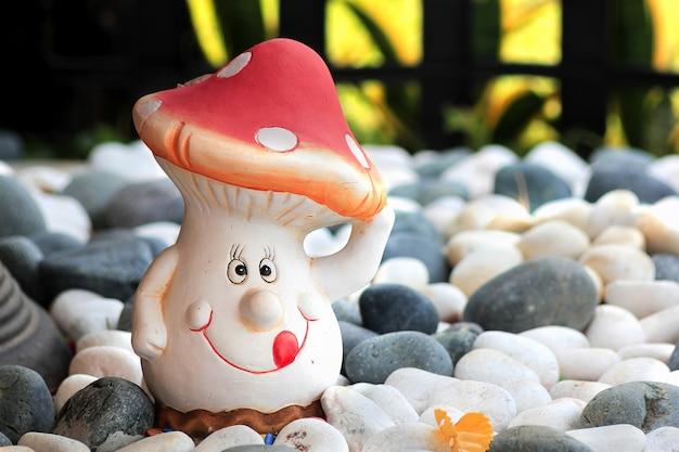 Sourire d'homme champignon