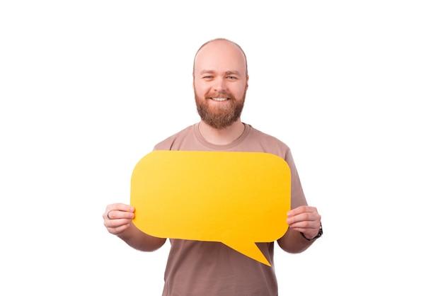 Sourire, jeune homme, à, barbe, tenue, bulle discours jaune