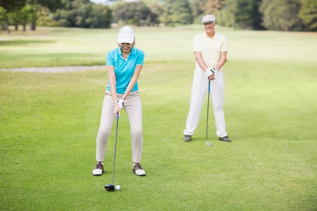 Sourire, mûrir, couple, jouer, golf