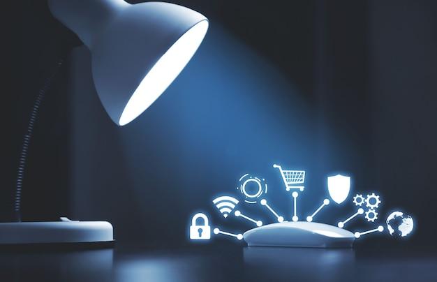 Souris d'ordinateur blanc, lumière et icônes. sécurité et protection du réseau