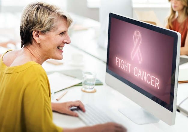 Soutien du cancer du sein fight care hope graphic concept