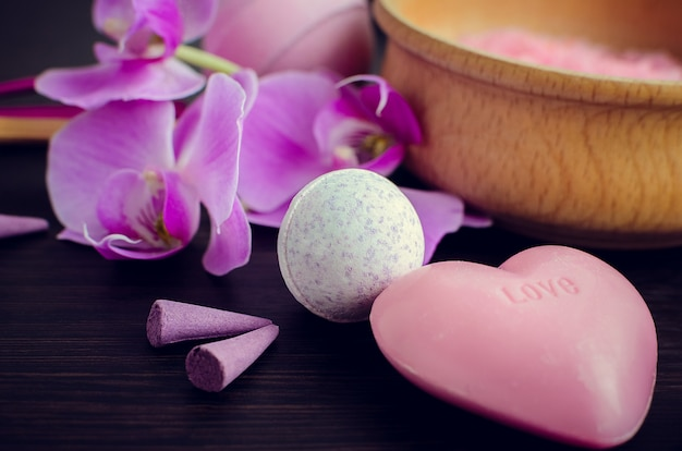 Spa et bien-être avec du savon naturel