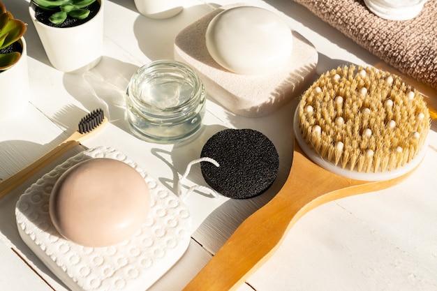 Spa, cosmétiques de beauté et concept de traitement de soins du corps.
