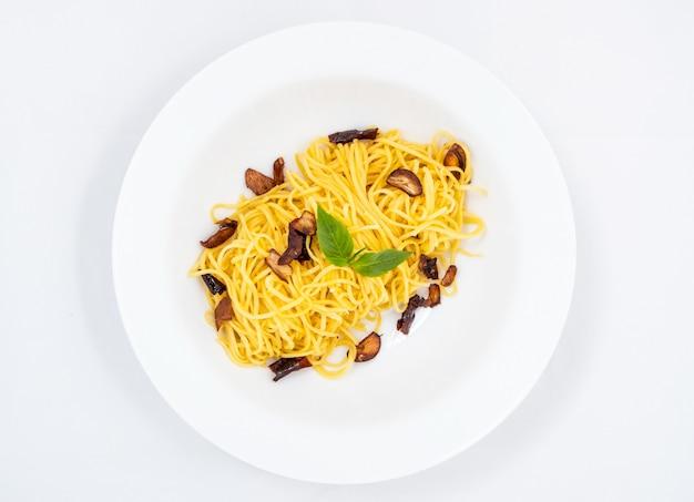 Spaghetti carbonara, pâtes